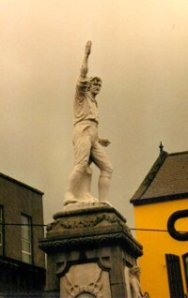 Photo: Statue of Billy Byrne, Wicklow