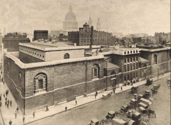 Photograph of Newgate Prison in 1900